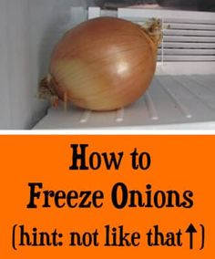 You can freeze onions easily and prevent waste. Frozen onions work great in stir-fry, soups, and sauces. Keep this important tip in mind to freeze onions! Freezer Cooking, Easy Cooking, Freezer Meals, Cooking Tips, Cooking Recipes, Freezing Onions, Freezing Vegetables, Frozen Vegetables, Gourmet Recipes