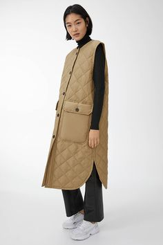 bowling outfit date Valentine's Day Outfit, Outfit Of The Day, Intelligent Agent, Long Vests, Vest Outfits, Quilted Jacket, Long Quilted Coat, Winter Looks, What To Wear