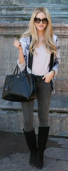 e7e806d7727 Black Prada Lux Tote - shop beautiful pre-owned designer bags sold on  consignment.