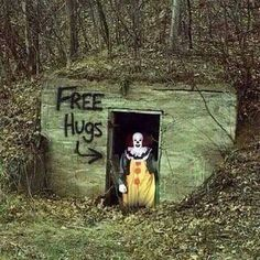 """Free Hugs The """"It"""" clown in a creepy hide out built into the ground. With a sign that says """"Free Hugs"""". Theme Halloween, Outdoor Halloween, Halloween 2018, Halloween Horror, Happy Halloween, Halloween Clown, Spirit Halloween, Haunted Woods, Haunted Trail Ideas"""