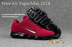 The Nike VaporMax is a new running shoe from Nike. It features a brand new Air Max sole and a Flyknit upper. Nike calls it the lightest Air Max sneaker ever made. Nike Max, Tn Nike, Cheap Nike Air Max, New Nike Air, Nike Air Vapormax, Cheap Air, Air Max Sneakers, Black Sneakers, Sneakers Nike