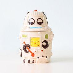 Vintage Robot Cookie Jar by bellalulu on Etsy, $38.00~Artoo Sweet Tooth!