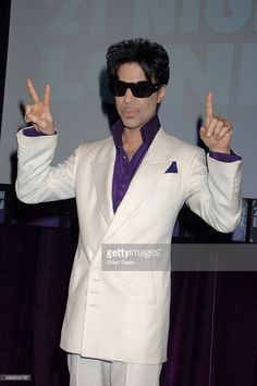 rince Announces 21 Nights In London The Earth Tour, The Hospital, Covent Garden, London, Britain - 08 May 2007, Prince Announces His 21 Nights In London Earth Tour, Which Will Take Place At The 02 Arena, Beginning In August (Photo by Brian Rasic/Getty Images)