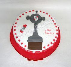 torta de river plate con copa libertadores - Buscar con Google Plates, Ideas Para, Google, Football, Breakfast Nook, Flower, Tortilla Pie, Pastries, Fiestas