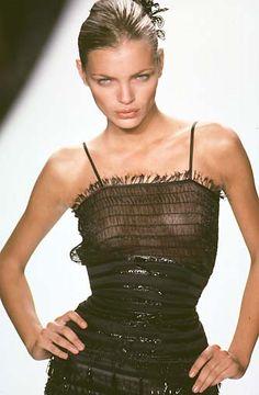 Esther Canadas Image Gallery - Gossip Rocks Beautiful and stylish!   Aline