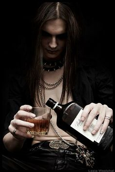 When You Want Gothic Jewelry, We Have The Tips You Need. Photo by shinycatcreations There is a lot more to owning gothic jewelry than being flashy and spending extravagant amounts of money. Dark Beauty, Gothic Beauty, Steam Punk, Style Emo, Male Vampire, Gothic Vampire, Gothic Men, Dark Gothic, Gothic People