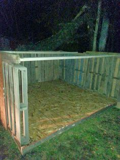 My simple life : Easy DIY Pallet goat house                                                                                                                                                     More
