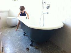 Claesson Koivisto Runes for Marrakech Design Bathroom Vanity Designs, Bathroom Ideas, Claw Foot Bath, Family Bathroom, Master Bathroom, Bathroom Flooring, Clawfoot Bathtub, Bathroom Inspiration, Marrakech