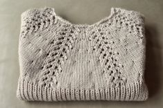 Aesthetic Nest: Knitting: Lacy Short Sleeved Sweater for Audrey