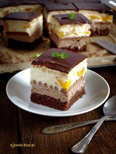 Ciasto Ambasador – Zjem to! Homemade Cake Recipes, Best Cake Recipes, Sweet Recipes, Veg Recipes, Albanian Recipes, Cake Recipes From Scratch, Pastry Shop, Polish Recipes, Pastry Cake