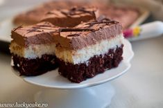 Paste al forno cu sunca si ciuperci - Lucky Cake Lucky Cake, Mousse, Romanian Food, Sweet Tarts, Confectionery, Mcdonalds, Hamburger, Cheesecake, Food And Drink