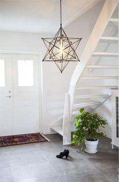 Matte black iron star pendant lighting Stella by Rydens Star Pendant, Black Metal, Pendant Lighting, Lamps, Stairs, Lights, Spring, Interior, Inspiration