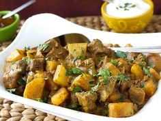 Mum's Savory Beef and Potato Curry Recipe - Cookin Canuck Beef And Potato Stew, Beef And Potatoes, Potato Curry, Greek Recipes, Indian Food Recipes, Homemade Curry, Beef Curry, Curry Stew, Cooking Recipes