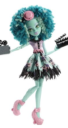 I know you have been searching for these new monster high dolls for Frights Camera Action Monster High Dolls release date is actually January but I am sure we will soon start to see them at the end of November. Monster High Art, Custom Monster High Dolls, Love Monster, Monster Dolls, Ever After High, Monster High Collection, Personajes Monster High, Mattel Shop, Ever After Dolls