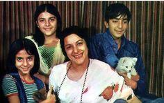 #NargisDutt with her kids. Follow #Bollywoodirect. For more pics click http://bit.ly/BD_RarePics  #SanjayDutt #PriyaDutt #SunilDutt #Bollywood