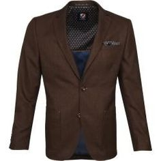 Suitable Blazer Fyn Braun Suitable Blazer Fyn Braun,Products Suitable Blazer Fyn Braun Related posts:Lessons Learned from Body Language - suits menGroom or groomsman in beige and sage green attire. Sharara Designs, Black Suit Wedding, Wedding Suits, Designer Suits For Men, Suits For Women, Sherwani, Men's Suits, Fashion Weeks, Royal Blue Suit