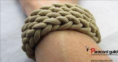 A quick deploy paracord bracelet tutorial.