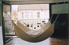 bed hammock, yes please