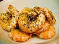 Camarones al ajillo | Recetas de Panamá Panamanian Food, Shrimp, Meat, Garlic