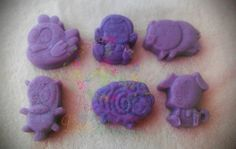 Fun mini soaps for the kids! Lavender Barn Yard Animal mini soaps.  You get all 6 soaps.  They are 1.5 to 2 oz each.  About 2 inches tall and wide.  Handmade Soap made with coconut oil, olive oil, palm oil, cocoa butter, water, aloe oil, lye, mineral mica powder (color), and lavender essential ...