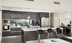 Great view? A mirrored splash back in the kitchen means you won't miss it! The Nautilus