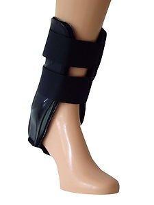 Ruptures récentes des ligaments externes, instabilités chroniques et entorses de cheville. Blessures de l'articulation du cou de pied.