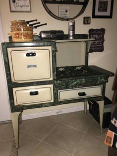 Wood Burner Stove, Vintage Stoves, Gimme Some Oven, Time Warp, Refrigerators, Vintage Kitchen, Vintage Decor, Kitchen Appliances, Outdoor Decor