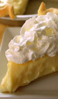 Lemon Sour Cream Pie Recipe ~ It's super simple, yet loaded with lemon flavor.