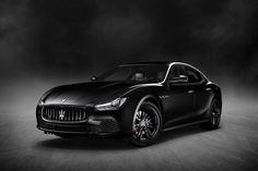 Maserati Ghibli Nerissimo Edition revealed at 2017 New York Auto Show - TheTopTier - The Best In Luxury and Affluence Maserati Ghibli, Mercedes Black, Black Audi, Black Car Paint, Maserati Sports Car, 2015 Maserati, Luxury Automotive, Automotive Design, Sports Sedan