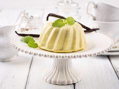 Il bavarese è un dolce al cucchiaio francese amatissimo anche in Italia, che si può presentare a tavola in mille varianti diverse