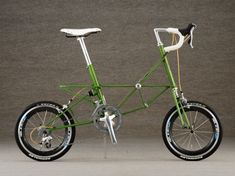 Moulton Bicycle, Folding Bicycle, Retro Bike, Push Bikes, Real Steel, Urban Bike, Bicycle Lights, Brompton, Motorcycle Design
