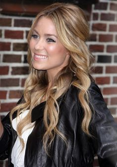 """Lauren Conrad Photos - Actress Lauren Conrad at """"Late Show with David Letterman in New York City. - Lauren Conrad At The 'Late Show With David Letterman' Lauren Conrad The Hills, Lc Lauren Conrad, Curls For Long Hair, Wavy Hair, Her Hair, Loose Curls, Stephanie Pratt, Chic Hairstyles, Wedding Hairstyles"""