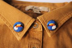 Embroidered collar pins by Baobap