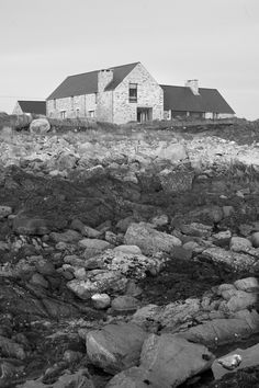 Image 8 of 24 from gallery of House in Blacksod Bay / Tierney Haines Architects. Photograph by Stephen Tierney Stone Exterior Houses, Stone Houses, House Designs Ireland, Modern Lake House, Rural House, Cottage Renovation, Ireland Homes, House On The Rock, Architect House