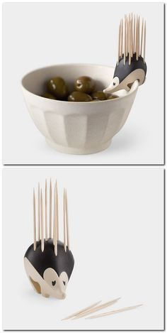 Kipik Toothpick Holder // palillero puercoespin -- so cute! Cool Kitchen Gadgets, Home Gadgets, Kitchen Items, Geek Gadgets, Cool Kitchens, Objet Wtf, Ideias Diy, Cool Inventions, Kitchen Accessories