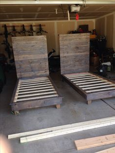 DIY twin beds using 2x4's