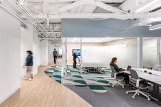 Our wood look LVT meshes perfectly with different colors and styles, making it versatile for any commercial project that needs a little more wow - take this office in San Fransisco for example! 📸 Photo by Jason O'Rear, design credit to Interior Architects. #parterre #commercialLVT #woodlooklvt #wow #officetrends #interiordesign Luxury Vinyl Flooring, Interior Architects, Commercial, San Fransisco, Interior Design, Space, Furniture, Colors, Home Decor