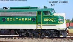 Southern Crescent EMD E8A No. 6900.