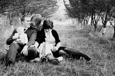 Cute family picture ideas! :)