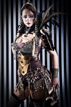 Steampunk Fashion / Woman / Dress / Corset / Jewelry / Photography  // ♥ More at: https://www.pinterest.com/lDarkWonderland/