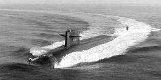 Submarine Photo Index Navy Special Forces, Us Navy Submarines, Old Sailing Ships, Iron Men, Navy Day, Battleship, Warfare, Freedom, Boat