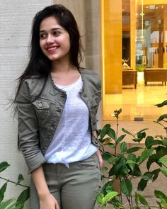 Fashion Model Jannat Zubair Rahmani Latest Stills Teen Fashion, Fashion Clothes, Fashion Models, Fashion Outfits, Fashion Tips, Stylish Girls Photos, Stylish Girl Pic, Stylish Kids, Teen Celebrities