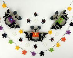 Halloween Fledermaus Bunting von mojimojidesign auf Etsy