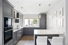 Beautiful smooth painted Shaker Kitchen in Graphite. Wonderful White Quartz Worktops Kitchen Cost, Real Kitchen, Kitchen Paint, Kitchen Showroom, Timber Furniture, Shaker Kitchen, White Quartz, Shaker Style, Traditional Looks