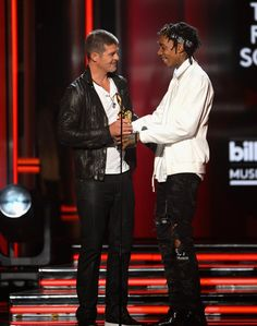Pin for Later: Schaut euch an, was bei den Billboard Music Awards los war!