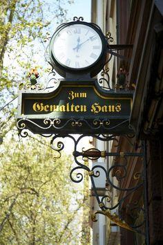 Zum Gemalten Haus,  Schweizer Str. 67, Frankfurt am Main