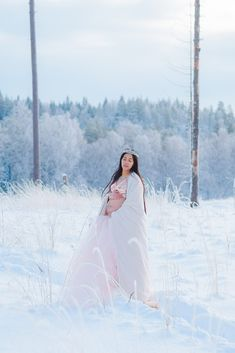 I've been waiting for this to gather and finally post the winter maternity sessions that I couldn't find time to post earlier. Winter Maternity Photos, Maternity Pictures, Pregnancy Photos, Maternity Portraits, Maternity Session, Maternity Photography, Wedding Dress Winter, Wedding Dresses, Hamilton