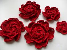 Knitted appliquéDecorative pin Rose scarletIrish by AlisaSonya