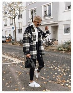 Trendy Fall Outfits, Casual Winter Outfits, Winter Fashion Outfits, Black Jeans Outfit Winter, Winter Outfits Women, Cold Winter Fashion, Winter School Outfits, Cold Weather Outfits, Warm Outfits