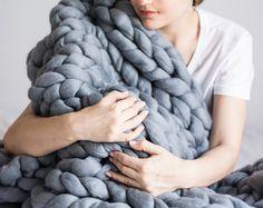 Chunky knit Blanket. chunky blanket Knitted blanket. by bloisem